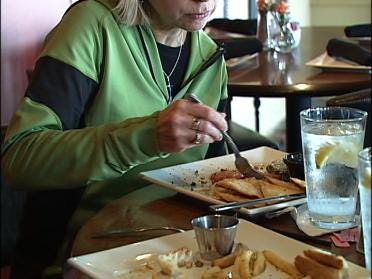Six Ways To Save: Eating In Vs. Dining Out