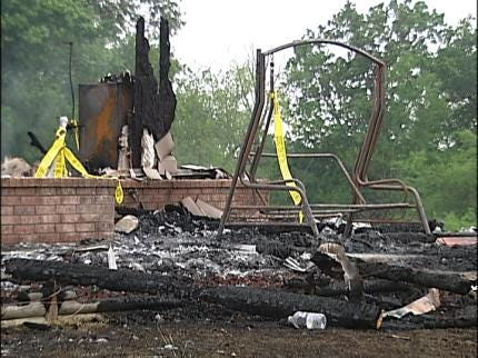 Mayes County Man Dies In House Fire