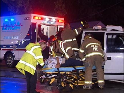 Four Injured In Tulsa Overnight Collision
