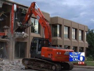 Building Demolition Makes Way For I-44 Expansion
