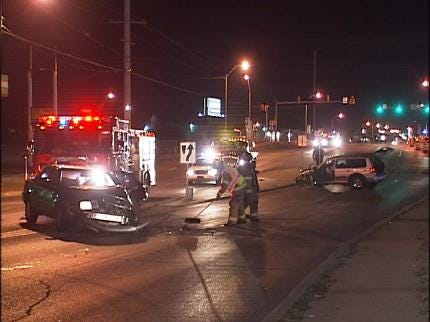 Tulsa Police Search For Hit-And-Run Suspect