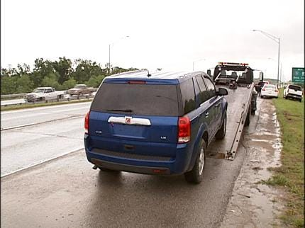 Abandoned SUV In Tulsa Leads To 3 Arrests