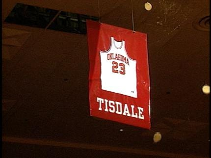 Former OU Great Wayman Tisdale Dies at 44