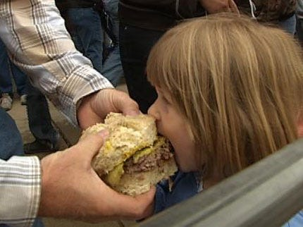 World's Largest Onion Burger Cooked In El Reno