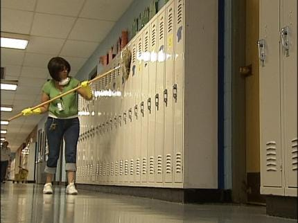 How Area School Districts Keep Parents Informed Of H1N1 Cases