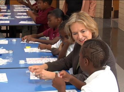 Science And The Mayor Come To Tulsa Public Schools