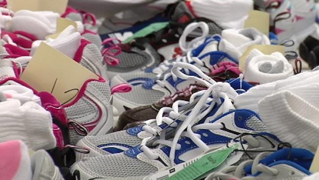 Hundreds Of Mayes County Kids Get All New Shoes