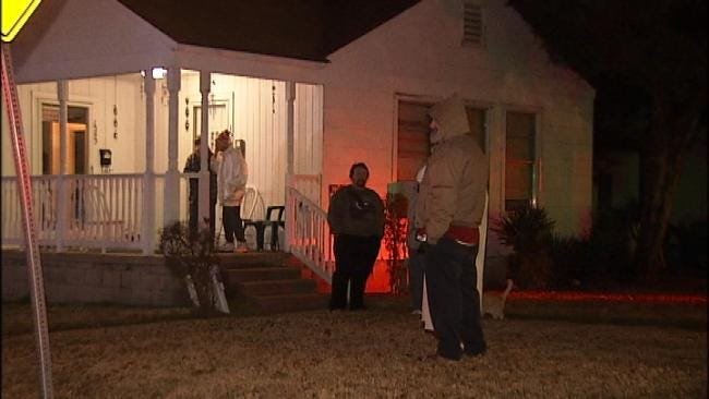 Neighbor Calls In To Report Tulsa Garage Fire