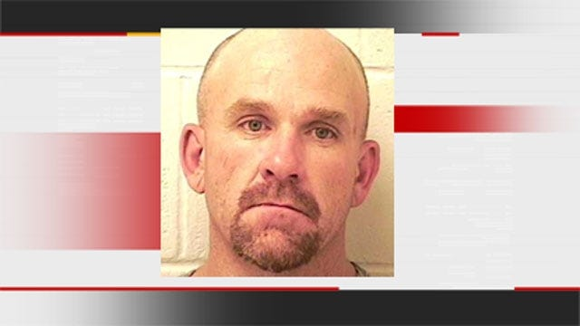Deputy Crawls Under Henryetta Bar To Nab Suspect