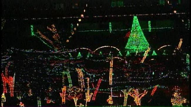 Oklahoma's Own: Final Preparations Underway At Rhema, Woolaroc For Holiday Light Display