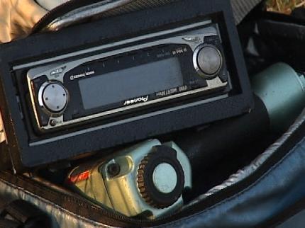 More Than A Dozen Cars Burglarized In East Tulsa Neighborhood