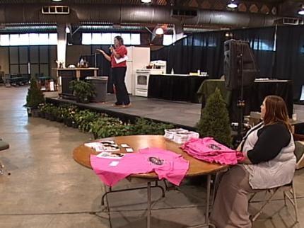 Money Saving Queen Attends Tulsa House Beautiful Show