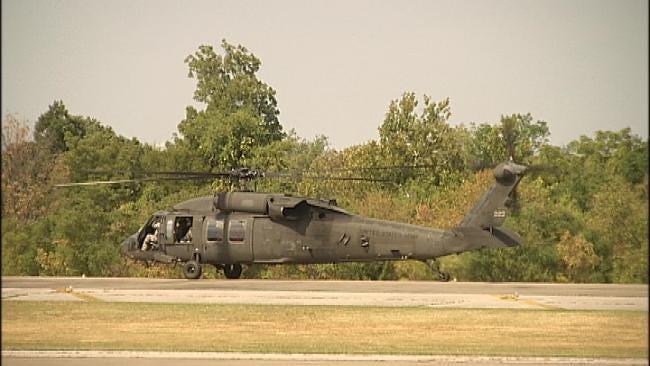 Oklahoma Guard Pilots Show How Blackhawks Can Help