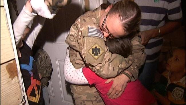 Returning Green Country Soldier Mom Pops Out Of Mystery Box
