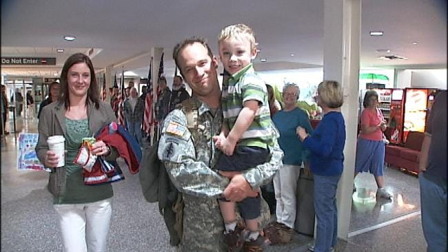 Oklahoma Soldiers Return To The Homefront