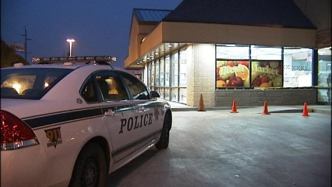 Two Masked Men Rob Midtown Tulsa Braums At Gunpoint