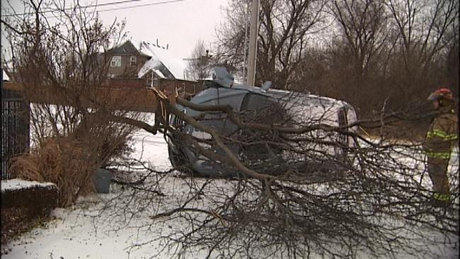 Oklahoma Drivers Slip And Slide Through Snowy Streets