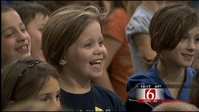 Travis' Wild Weather Camp Visits Pawhuska Elementary School