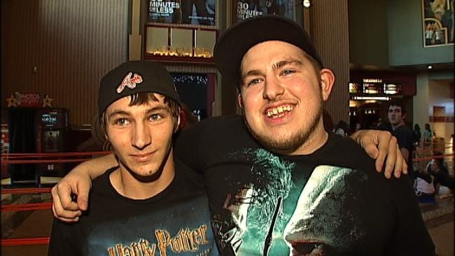 Fans Line Up For Harry Potter Mania At Tulsa Theaters