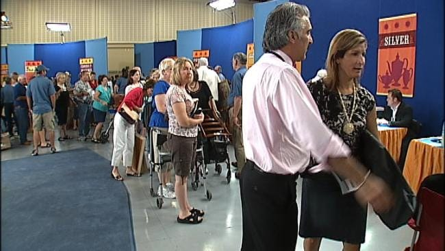 Couple Fears Items Stolen At Tulsa Antiques Road Show