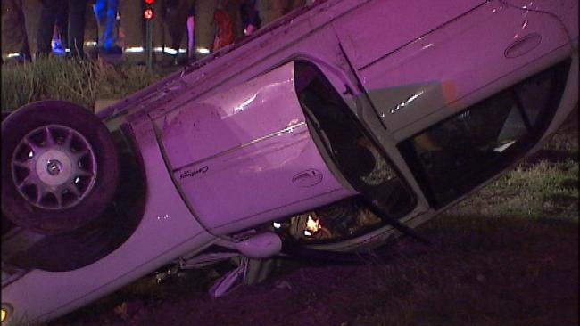 Tulsa Police: Man Riding On Outside Of Car Hurt When It Crashes