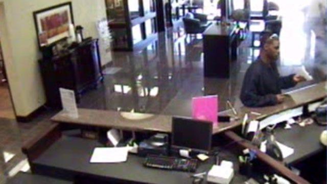 Thief Uses Threatening Note To Rob Tulsa Bank