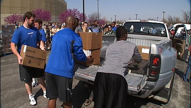 Tyson Donates Thousands Of Pounds Of Chicken To Oklahoma Food Banks