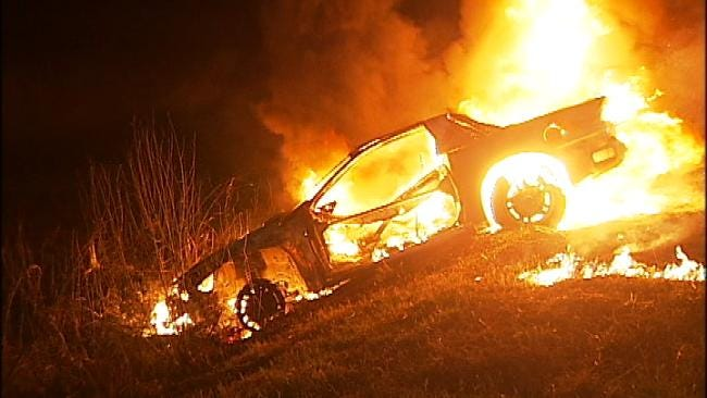 Quick Action Stops Tulsa Car Fire From Being Brush Fire