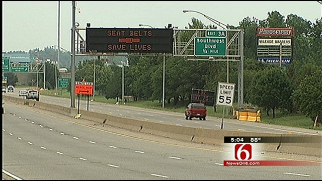 Electronic Highway Signs In Oklahoma May Be Used As Tornado Warnings