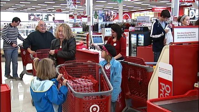 Shopping On Black Friday In Tulsa