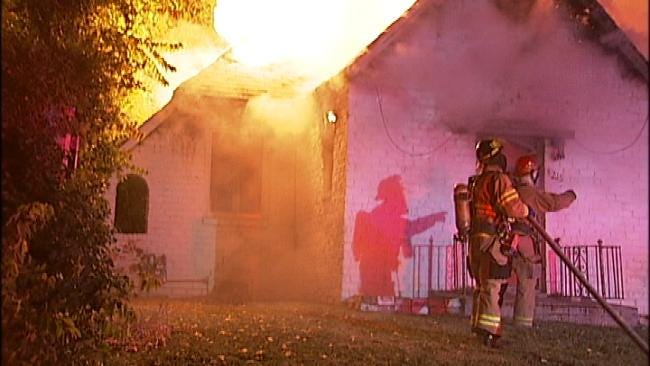 Firefighters Find Body After Suspicious Tulsa House Fire