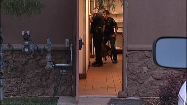Tulsa Police Capture Burglary Suspect Hiding In Restaurant's Ceiling