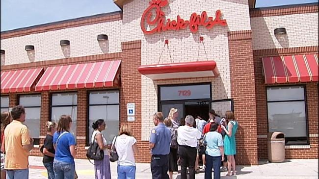 Lines Fill Parking Lots, Line Streets At Green Country Chick-fil-A Restaurants
