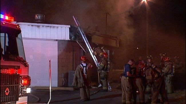 West Tulsa Restaurant Fire Under Investigation