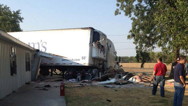 Semi Hits Building In Okmulgee County