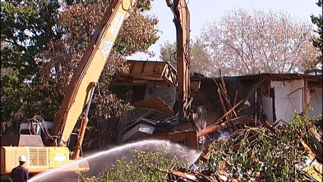 City, County Officials Join Forces To Demolish Neighborhood Eyesore