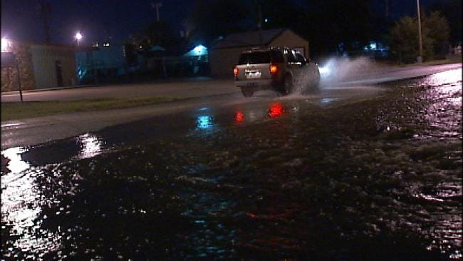 Water Main Break Floods North Tulsa Street