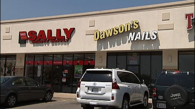 Thieves Tunnel Their Way Into Bixby Businesses
