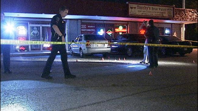 Tulsa Police Respond To Shooting At Torchy's Briar Patch