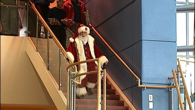 Tulsa Children's Hospital Throws Annual Christmas Party For Patients