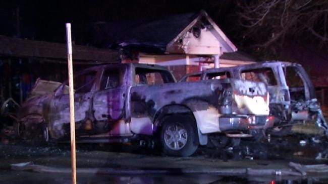 Broken Arrow Family Loses Home In Overnight Fire