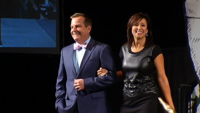 News On 6 Anchors Strut In Salvation Army Fashion Show