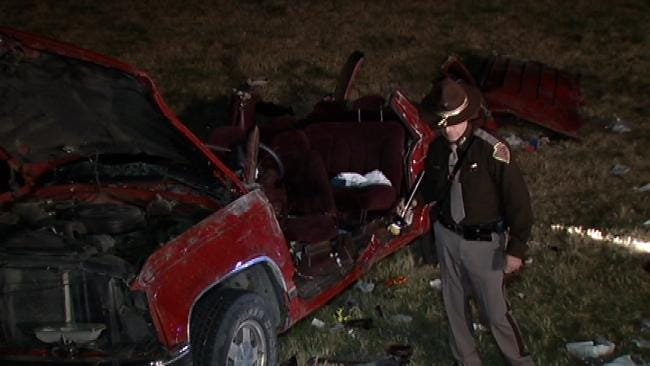 Woman Killed, 5 Others Injured In Rollover Crash On Muskogee Turnpike
