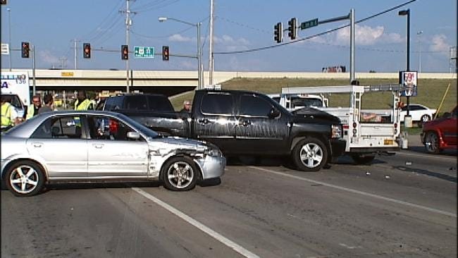 Crowbar-Swinging Road Rage Incident Ends In Three-Car Collision In Tulsa