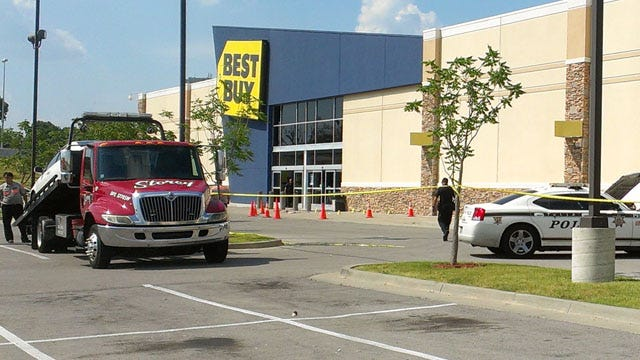 Two Men Fatally Shot At Tulsa Best Buy
