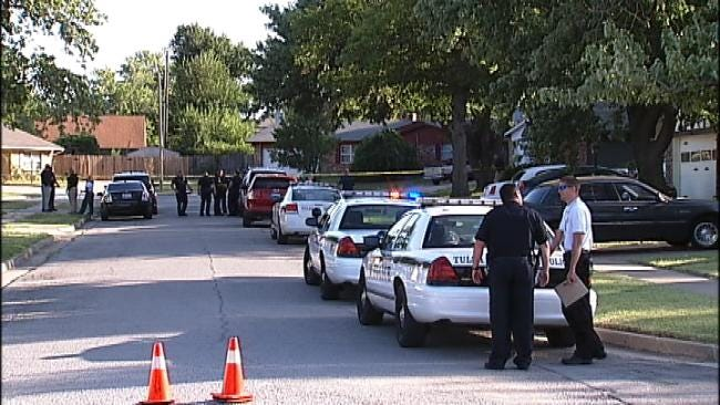 Tulsa Police: Robbery Suspect Who Shot At Officers Is Dead