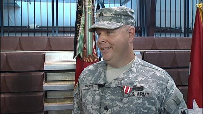 Oklahoma Soldier Awarded Medal Of Valor For Saving Woman From Burning Car