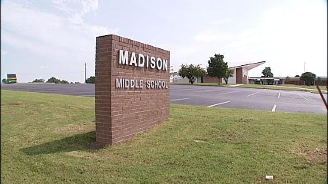 Bartlesville Bullying Victim Texts Dad: 'Get Me Out Of This School'