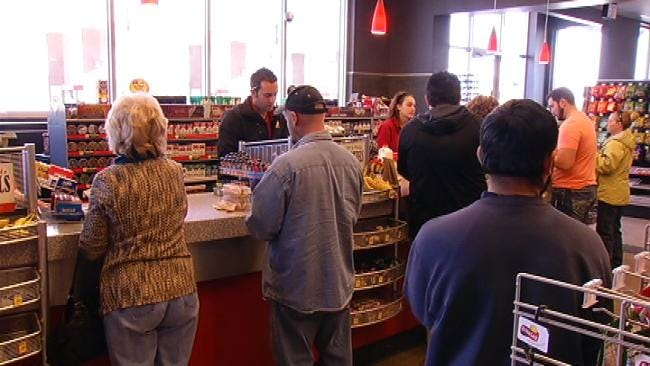 Record Powerball Drawing Dominates Traffic At Tulsa's QuikTrip