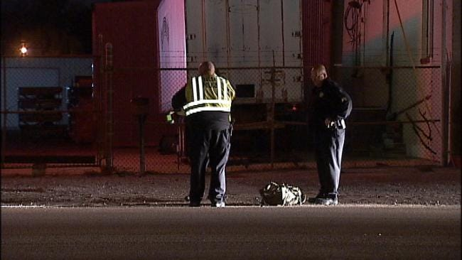 Tulsa Police Looking For Vehicle Which Struck Pedestrian